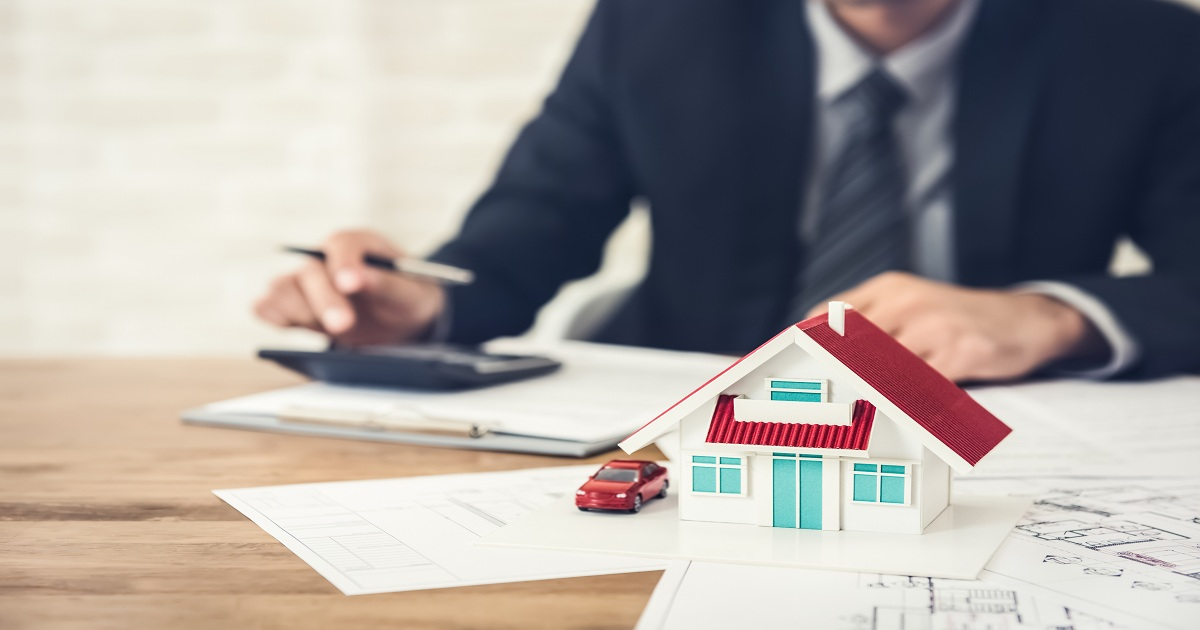 What Every Real Estate Lawyer Needs to Know About Surveys