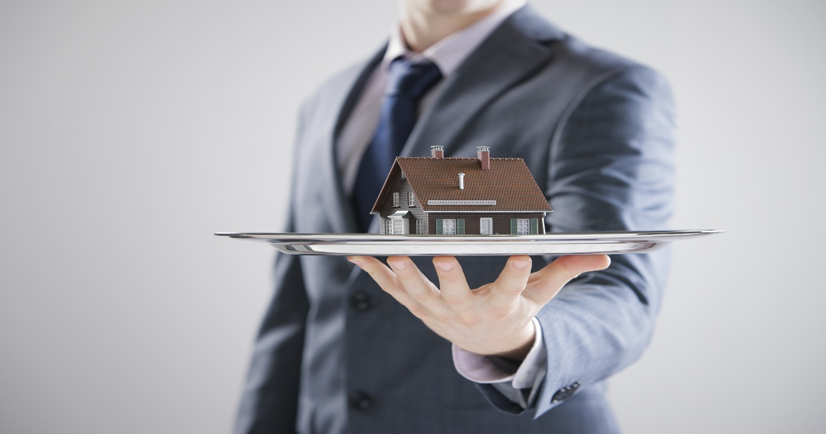 REAL ESTATE ASSET MANAGERS AND TECHNOLOGY: LOVE AFFAIR OR BIG FALLING OUT?