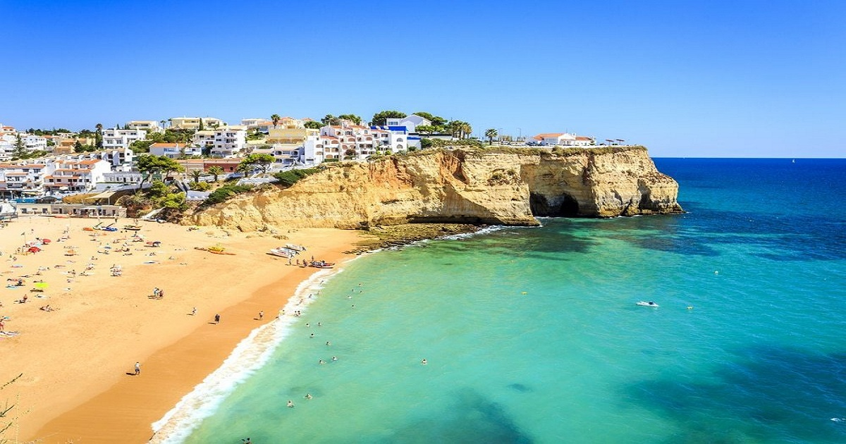 Property market in Portugal brightens after weak end to 2018